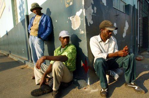 Article : Après les études, vient le chômage